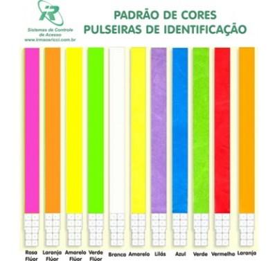 PULSEIRAS DE IDENTIFICAÇÃO EM TYVEK COLORIDAS SEM IMPRESSÃO.